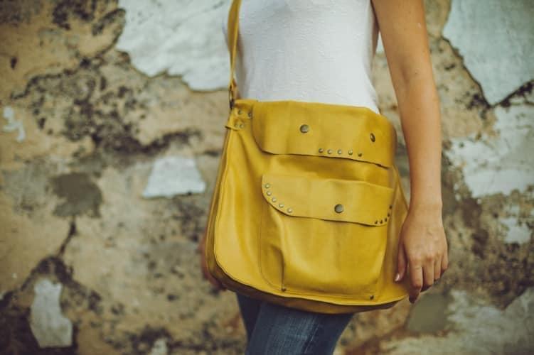 Яркая сумка с стиле бохо