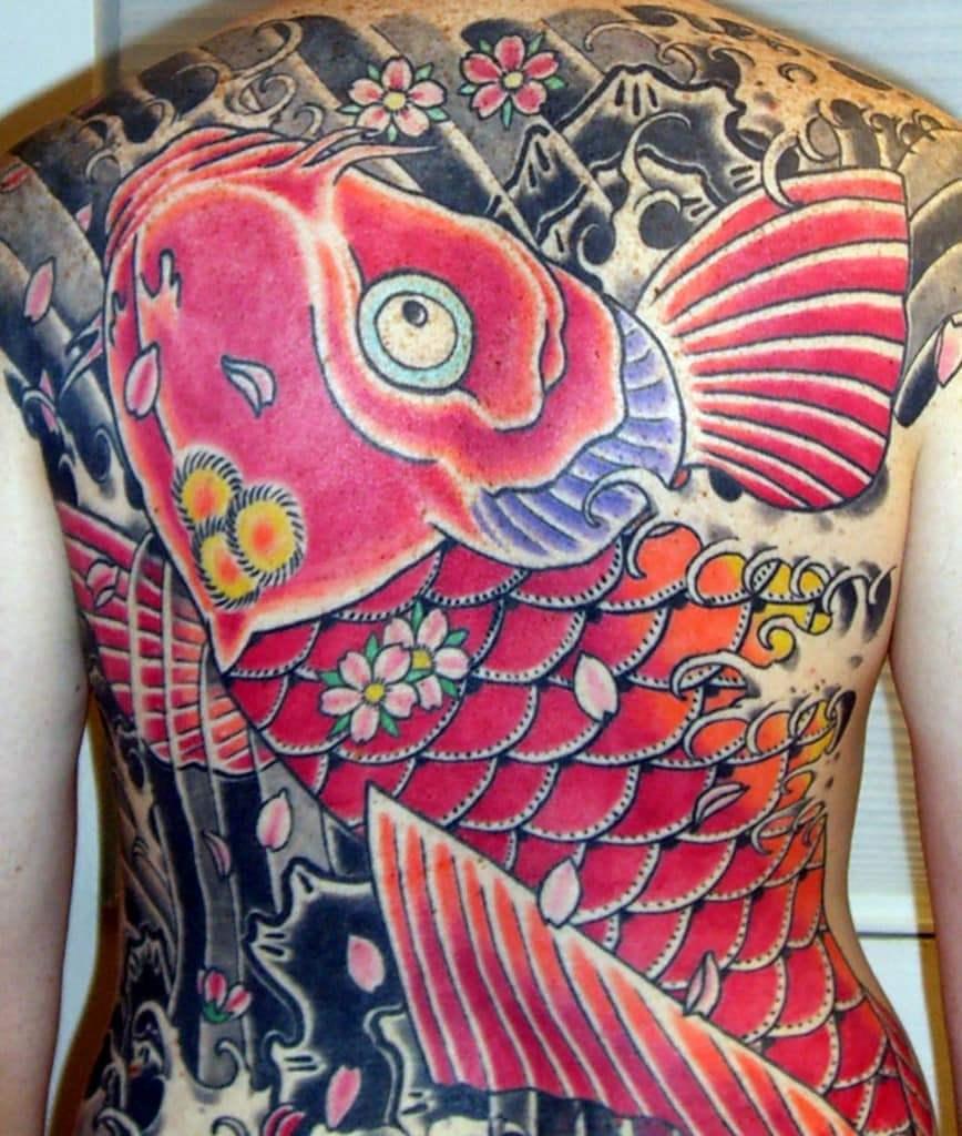 Татуировка японского карпа