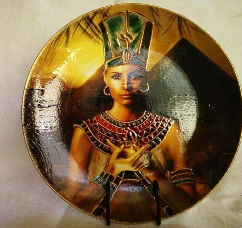 Декупаж в египетском стиле