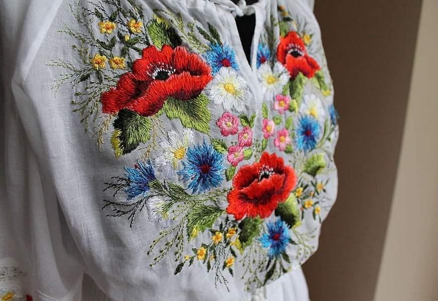 Вышивка на белорусском костюме