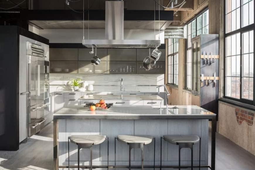Стол для кухни в лофт стиле