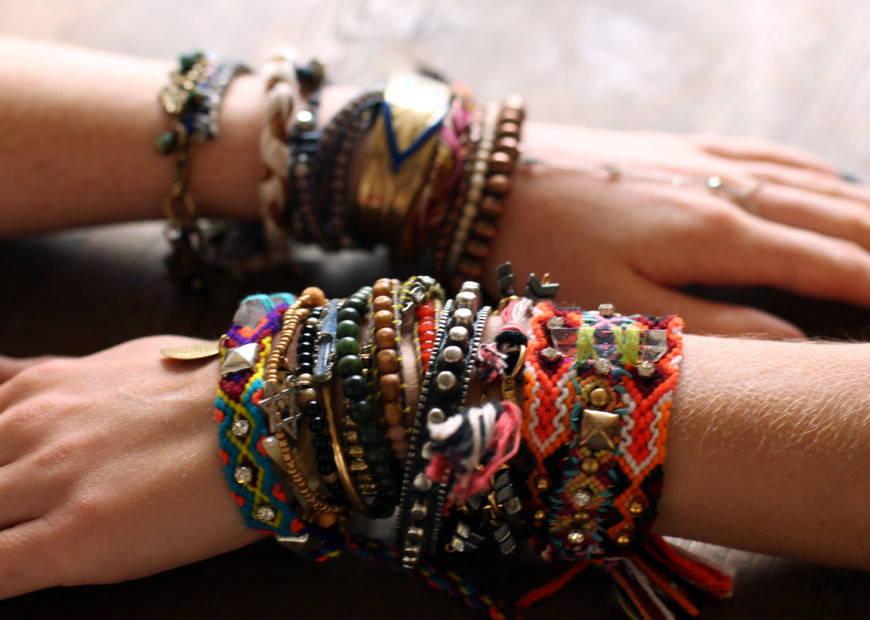 аксессуары хиппи- браслеты