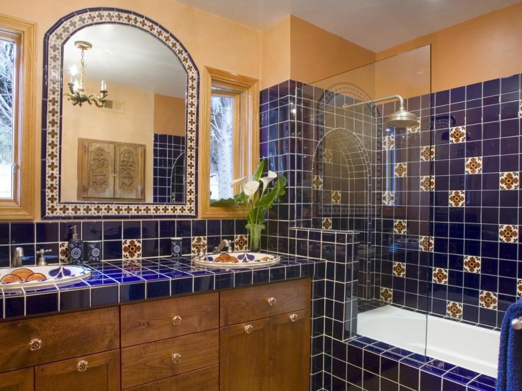 Ванная комната в мексиканском стиле