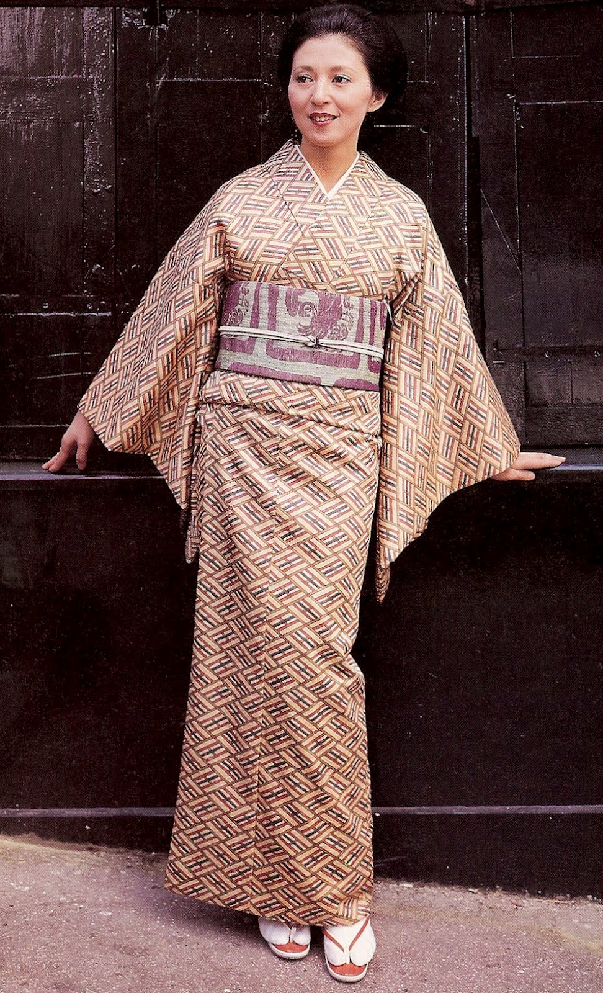 Видео японские платья