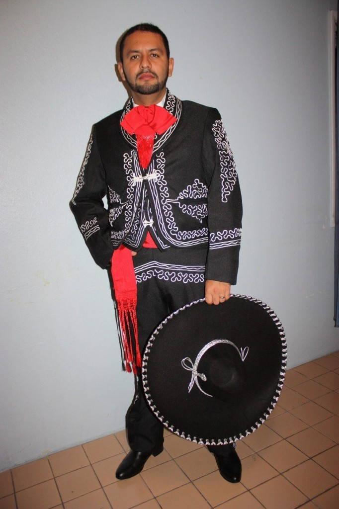 Чарро -мексиканская одежда