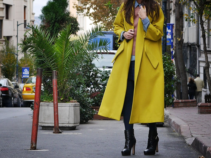 Пальто в стиле oversized.