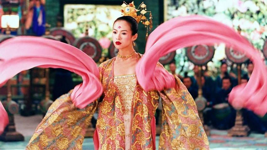 женский наряд династии Тан.