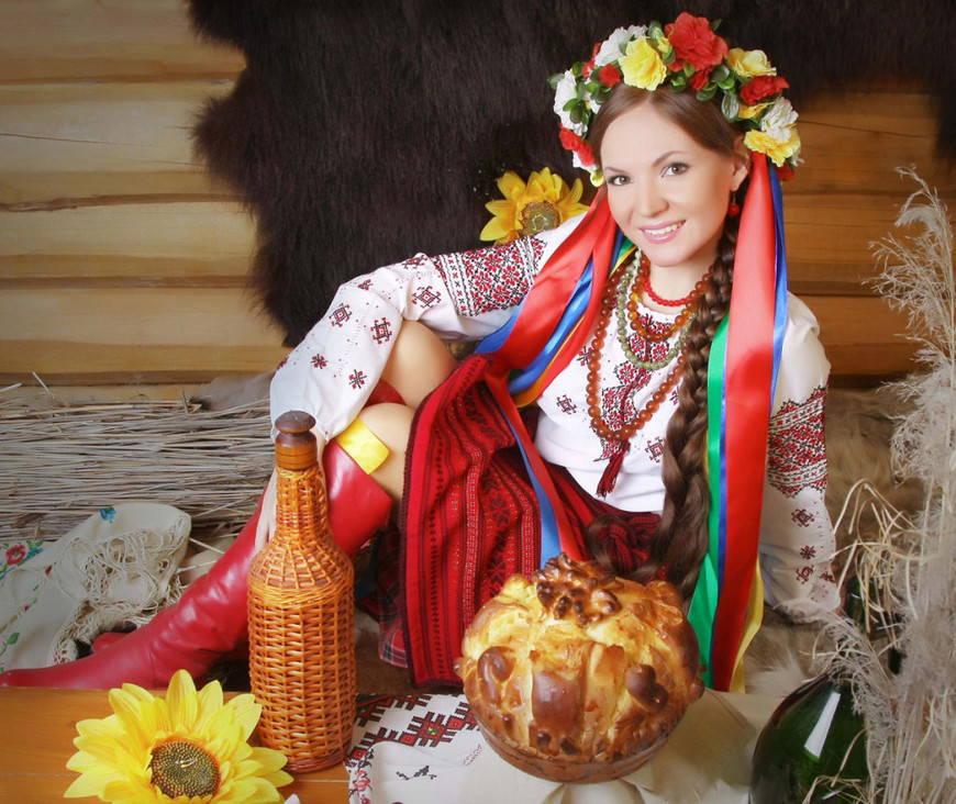 украинский венок с лентами