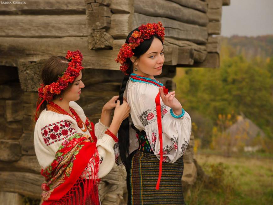 Фото украинского костюма девушки