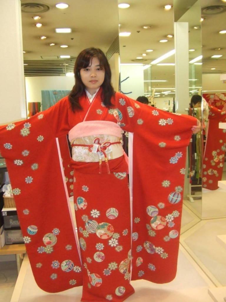 Фурисодэ японские кимоно