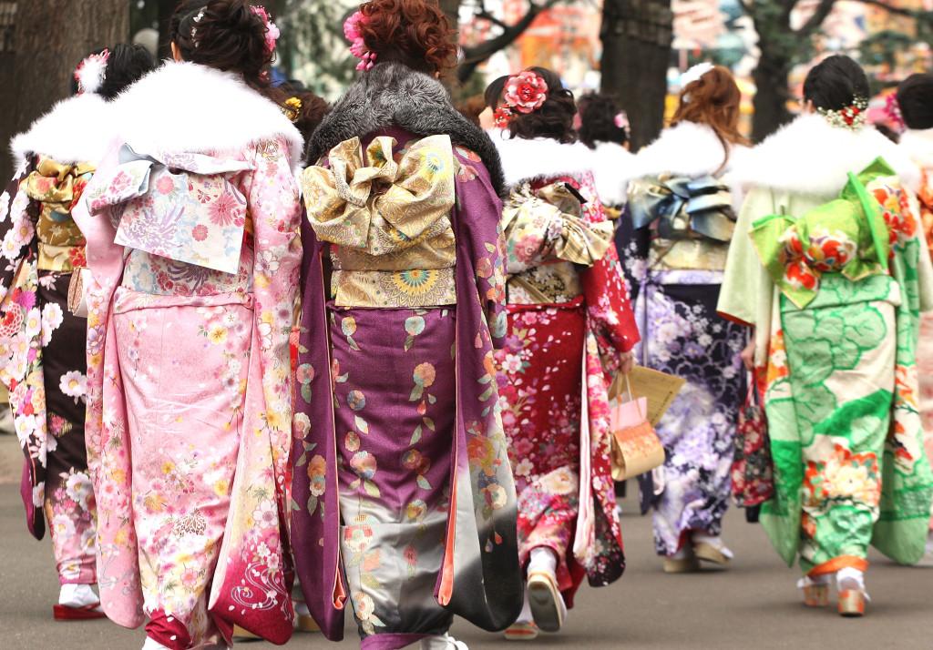 Кимоно на улицах
