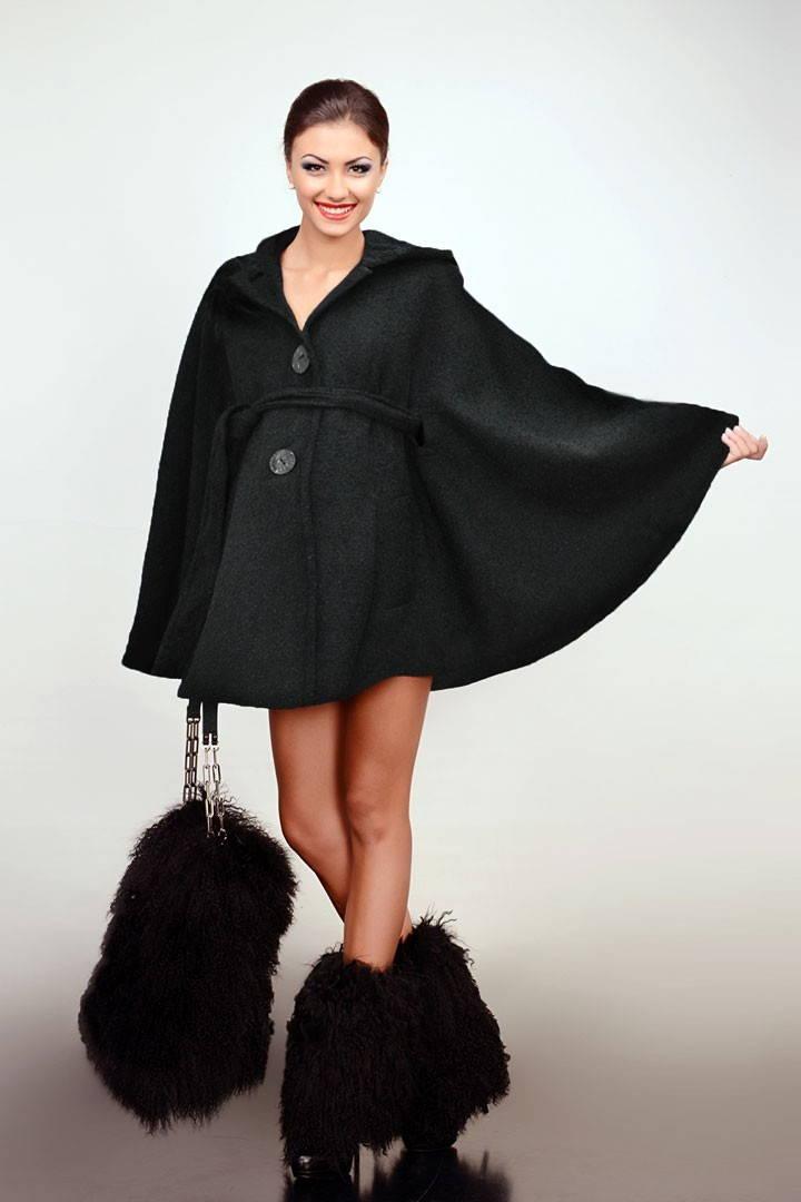 Женские зимние куртки с норкой