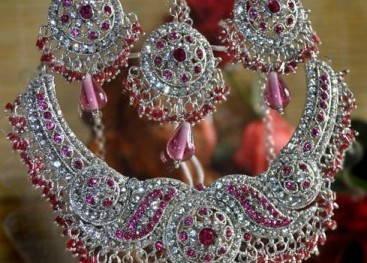 Индийские украшения