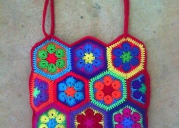 Вязаные сумки из африканских цветов