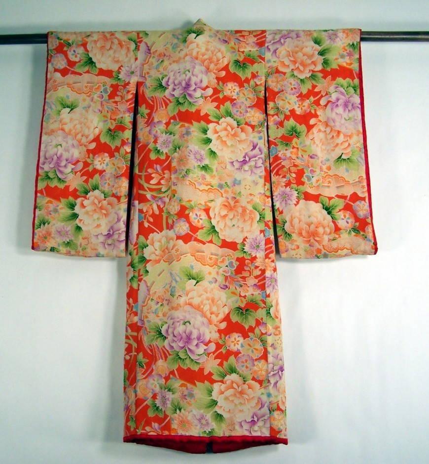 Кимоно в развернутом виде