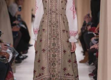Коллекция одежды в славянском стиле от Valentino