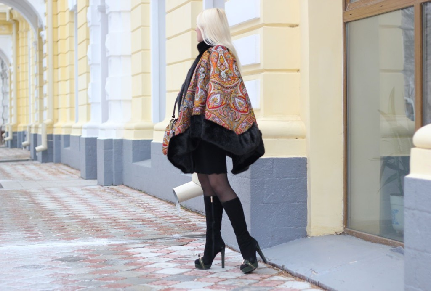 Зимнее пальто-пончо