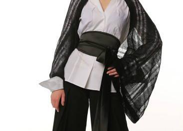 Вязаный трикотаж в стиле кимоно