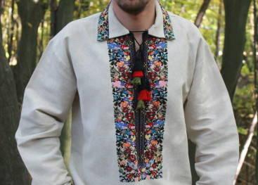 Мужская вышиванка с рубашечным воротом