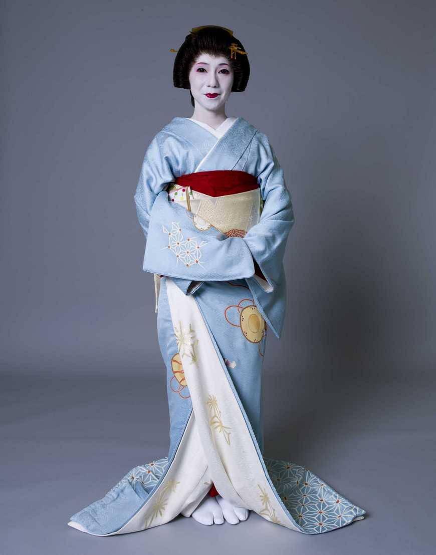 Делаем своими руками платье, пальто и халат в стиле ... Японцы В Кимоно