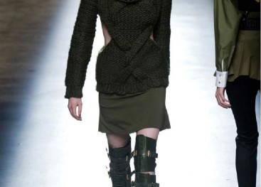 Женский стиль милитари на показах моды