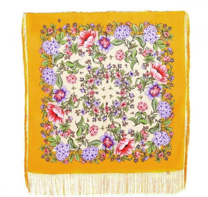 Желтый платок