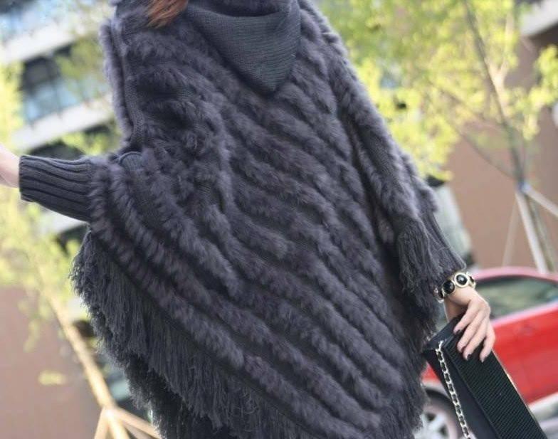 Меховое вязаное пончо