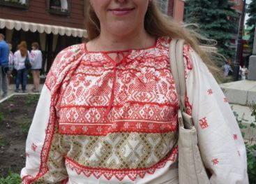 Русская вышитая одежда