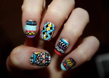 Роспись ногтей в стиле бохо