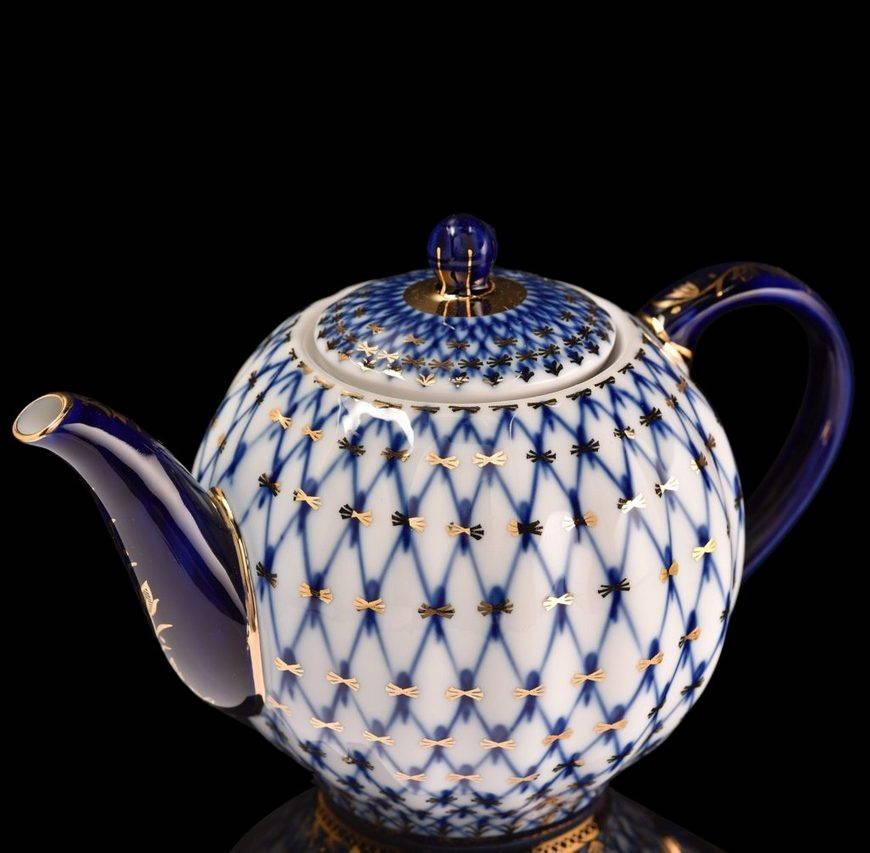 гжельская роспись-чайник