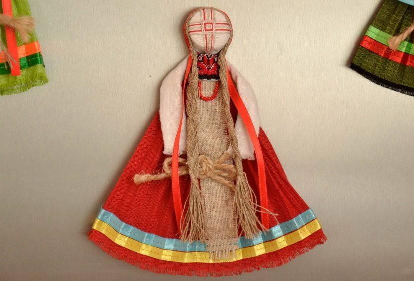 Создание куклы-мотанки