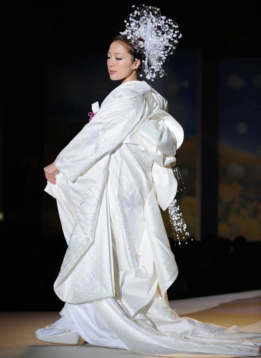 Традиционное свадебное кимоно