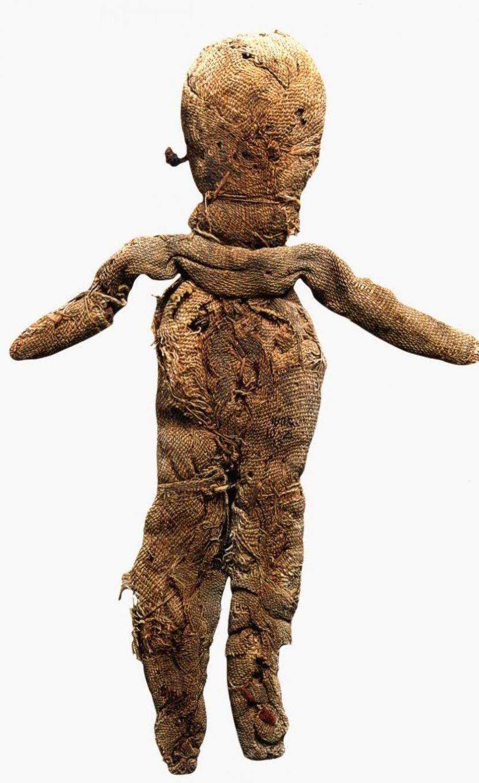 Древняя кукла мотанка