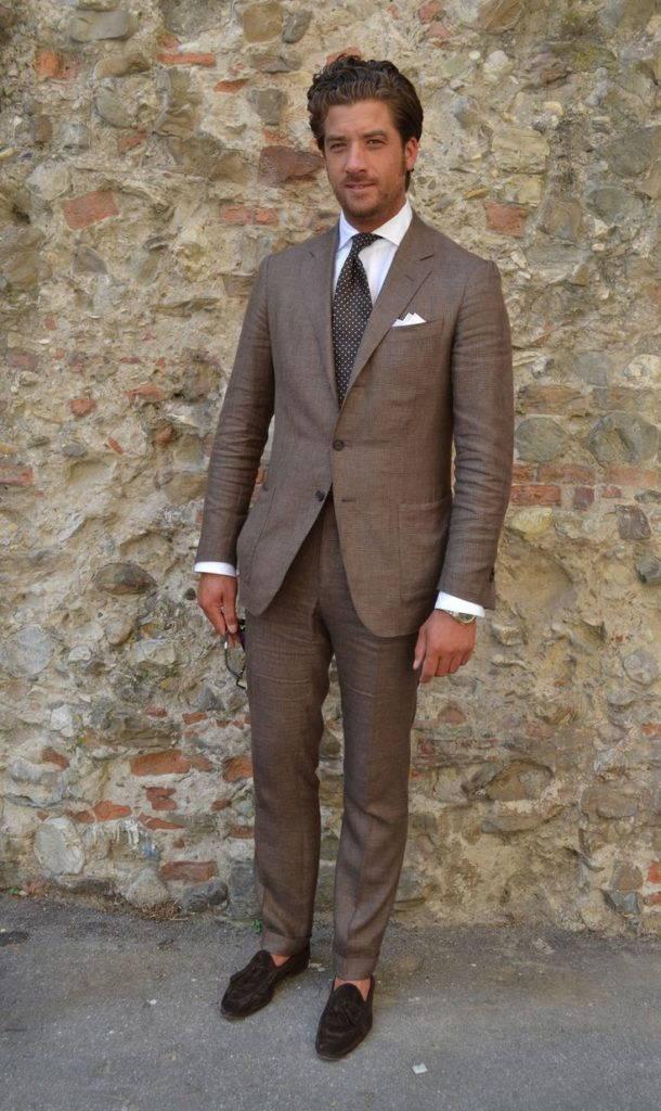 Мужские мокасины с костюмом