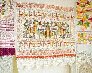 Традиции севера в вышивке