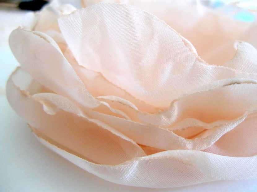 Шифоновый цветок