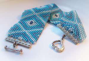 Мастер-классы по плетению браслетов из бисера для новичков