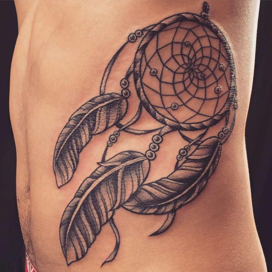 татуировка ловец снов на ребрах