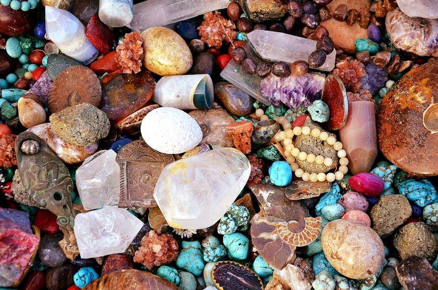 Камни обереги: как выбрать оберег, свойства оберегов